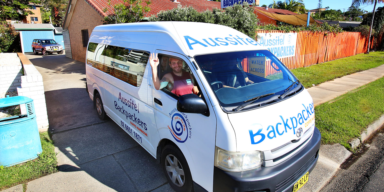 Aussitel Backpackers Transport
